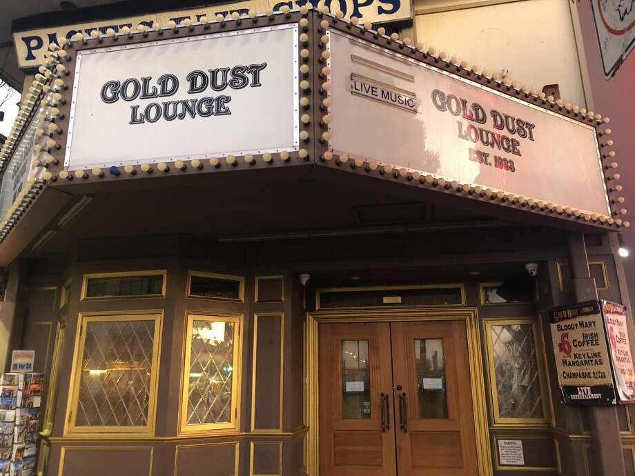 The Gold Dust Lounge in San Francisco's Fisherman's Wharf district posted a sudden closure sign on Oct. 28, 2019. It's unknown whether the popular spot for Irish coffee will re-open. Photo: Niquolas Lagleva