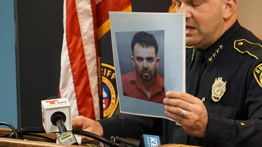Raul Casas Campos, 34, is the suspect of a sexual assault reported at about 2 p.m. Monday, Nov. 4, 2019, at a mobile home in the 13000 block of Laguna Road in Elmendorf. Bexar County Sheriff Javier Salazar holds up a photo of Campos during a press conference. Photo: Jacob Beltran
