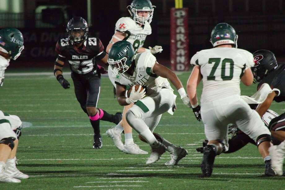 PHOTOS: High school football from Week 10 Strake Jesuit's Dylan Campbell (9) picks his way through the Pearland defense Friday, Oct. 18, 2019 at The Rig. >>>Look back at photos from last week's matchups ... Photo: Kirk Sides/Staff Photographer