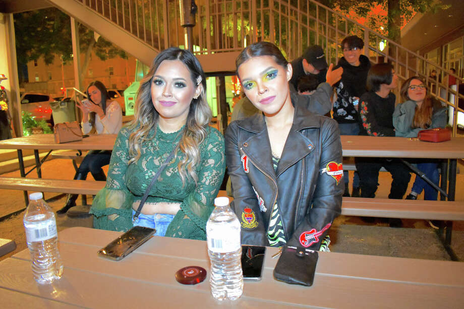 Revelers came out in abundance to commemorate lost loved ones at the Dia de los Muertos celebration at Cultura Beer Garden. Photo: Diana Garro/Laredo Morning Times