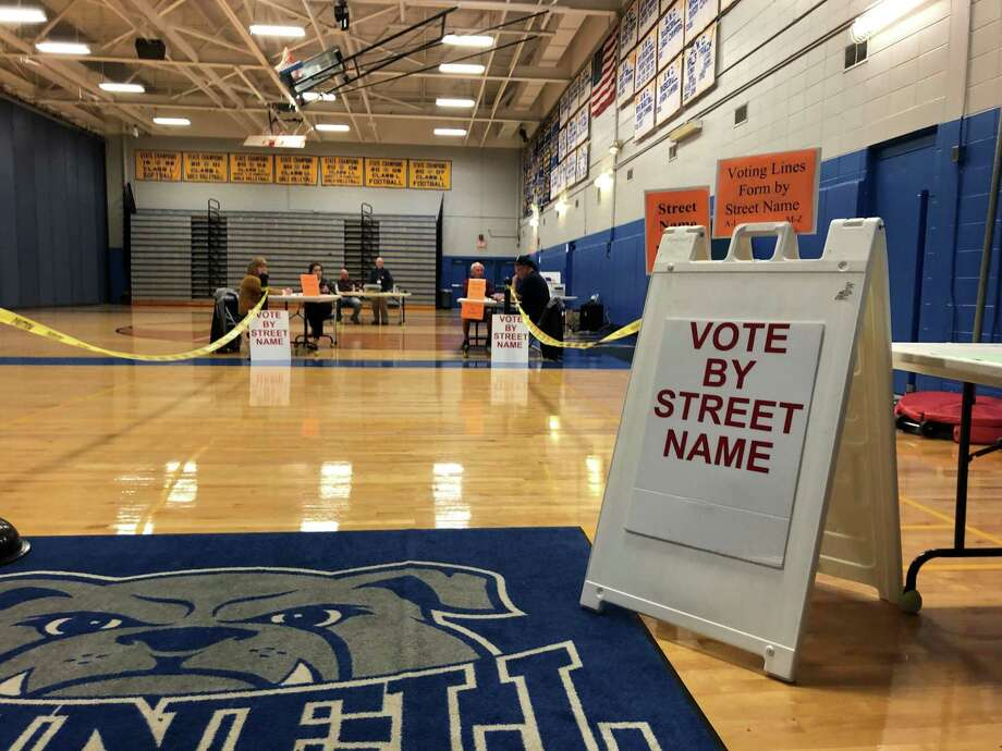 Bunnell High School's polling place Nov. 5, 2019. Photo: Ethan Fry / Hearst Connecticut Media