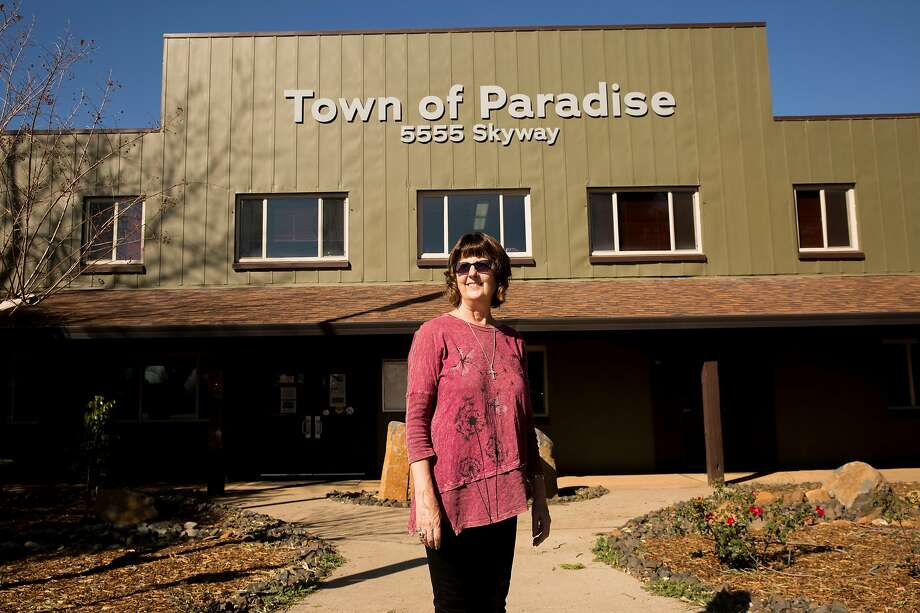 Mayor Jody Jones, whose home was among the many that burned down in the Camp Fire, stands outside Paradise Town Hall. Photo: Santiago Mejia / The Chronicle