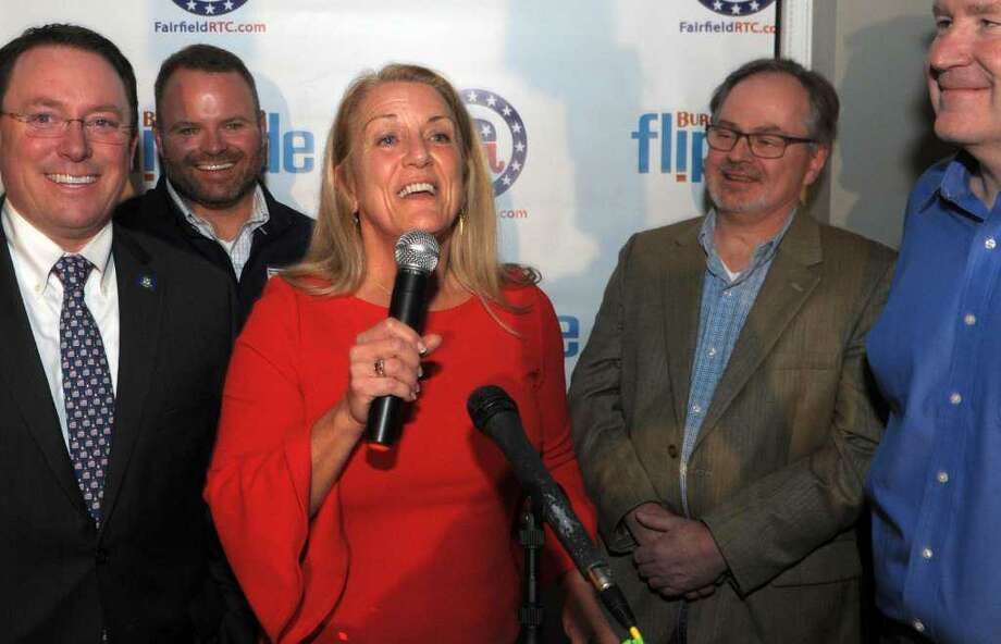 Brenda Kupchick speaks to supporters at her victory party at Flipside Burgers, in Fairfield, Conn. Nov. 5, 2019. Kupchick defeated incumbent Mike Tetreau for the First Selectman's seat in Tuesday's election. Photo: Ned Gerard / Hearst Connecticut Media