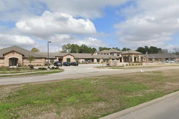 Name: Sterling Oaks Rehabilitation Address: 25150 Lakecrest Manor Dr., Katy Overall rating: 1 star Health inspection rating: 1 star Staffing rating: 1 star Quality measures rating: 3 stars