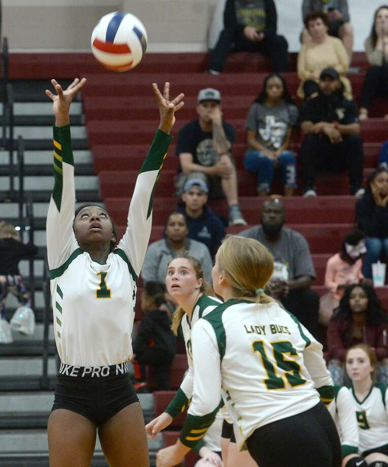 East Chambers' Tyanna Randle sets the ball as they battle Woodville during their bi-district match-up Tuesday in Silsbee. Photo taken Tuesday, November 5, 2019 Kim Brent/The Enterprise Photo: Kim Brent/The Enterprise
