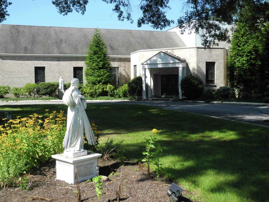 Our Lady of Fatima Church will conduct a food drive to support the Thomas Merton Center on May 3. Photo: Jeannette Ross / Hearst Connecticut Media / Wilton Bulletin