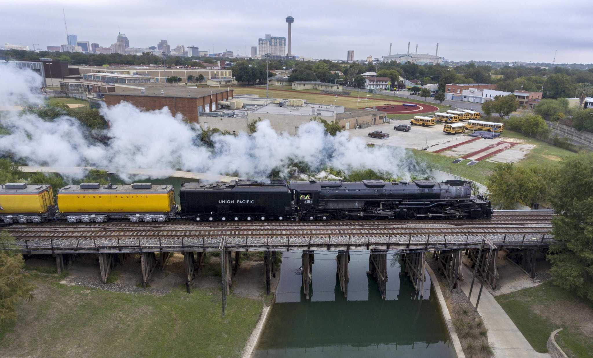 Big Boy headed for Houston as world's largest steam train chuffs through anniversary tour