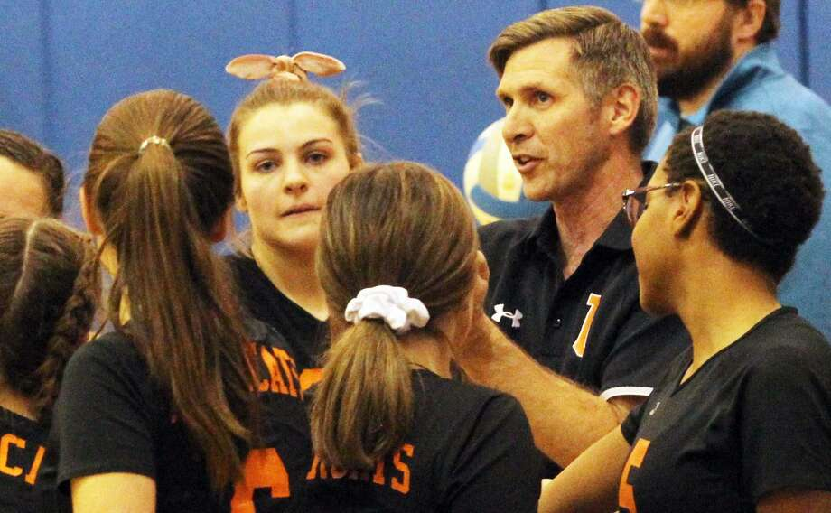 The Ubly volleyball team beat Deckerville in five games on Wednesday night to earn a trip to the district finals on Thursday against North Huron. Photo: Mark Birdsall/Huron Daily Tribune