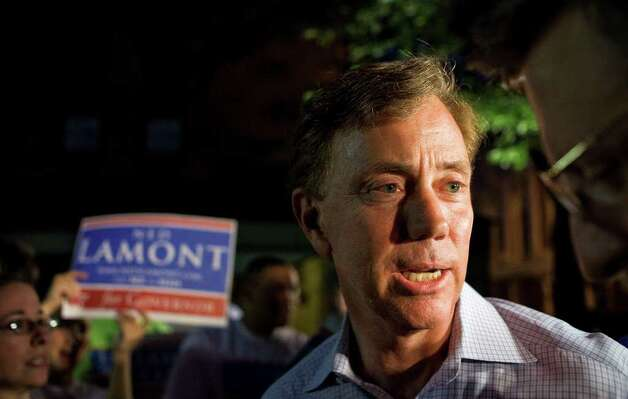 Ned Lamont completes his primary campaign with a rally in New Haven. Photo: Andrew Sullivan / Stamford Advocate Freelance