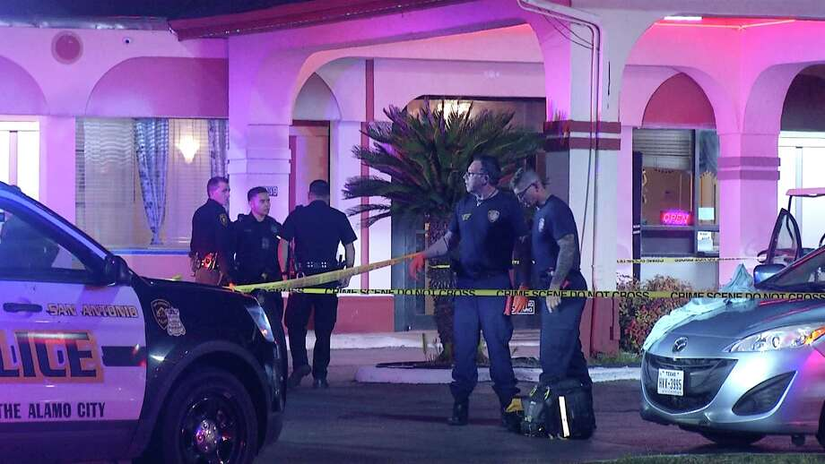 SAPD is investigating after two people were shot in a vehicle on the East Side. Photo: Ken Branca