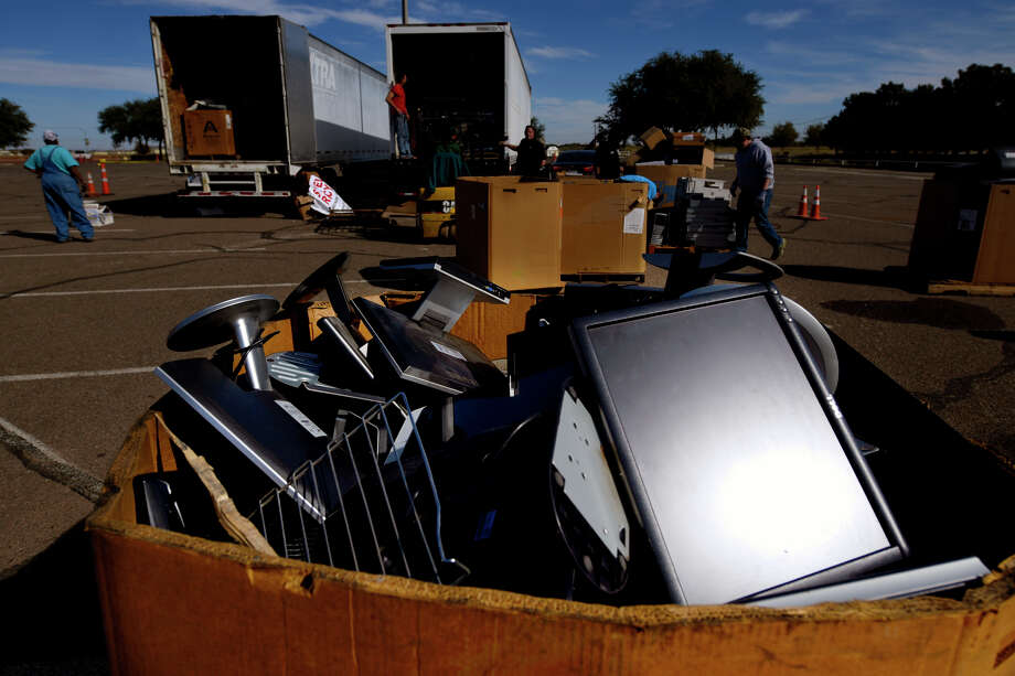 Annual Texas Recycles Day organized by Keep Midland Beautiful Nov. 17, 2018 on the campus of Midland College. James Durbin/Reporter-Telegram Photo: James Durbin / © 2018 Midland Reporter-Telegram. All Rights Reserved.