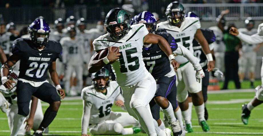 Julius Loughridge (15) of Mayde Creek carries the ball during the first quarter of a 6A Region III District 19 football game between the Morton Ranch Mavericks and Mayde Creek Rams on Friday, November 8, 2019 at Legacy Stadium, Katy, TX. Photo: Craig Moseley/Staff Photographer