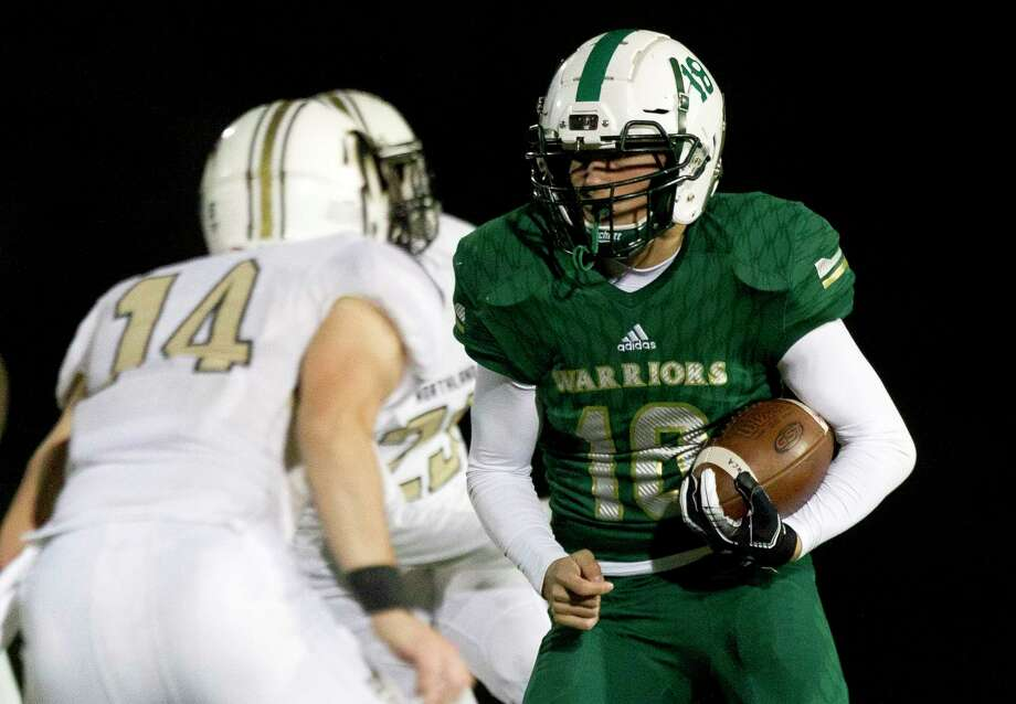 The Woodlands Christian Academy running back Steve Austin (18) runs the ball during the second quarter of a TAPPS District 4-3A high school football game at The Woodlands Christian Academy, Friday, Nov. 8, 2019, in The Woodlands. Photo: Jason Fochtman, Houston Chronicle / Staff Photographer / Houston Chronicle