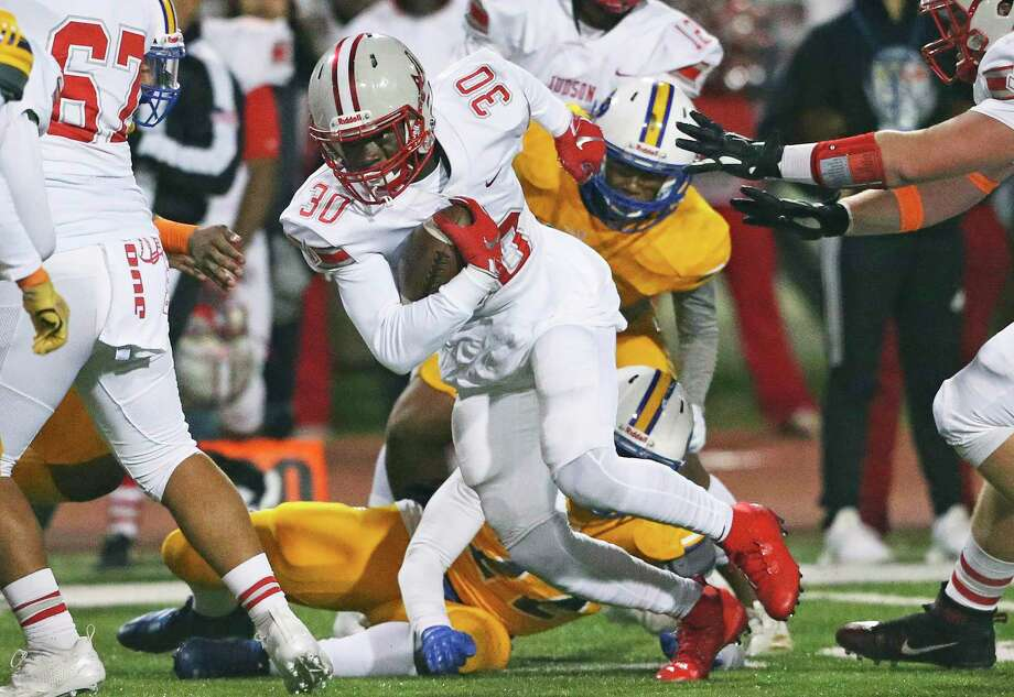 De'Anthony Lewis tears through the middle for the Rockets as Clemens hosts Judson at Lehnhoff Stadium on Nov. 8, 2019. Photo: Tom Reel, Staff / Staff Photographer / 2019 SAN ANTONIO EXPRESS-NEWS