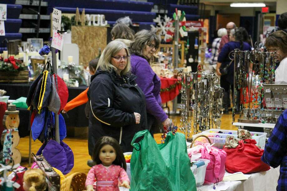 Bad Axe Middle School was bustling with activity for the 11th annual Mistletoe Marketplace Nov. 9. Photo: Scott Nunn/Huron Daily Tribune