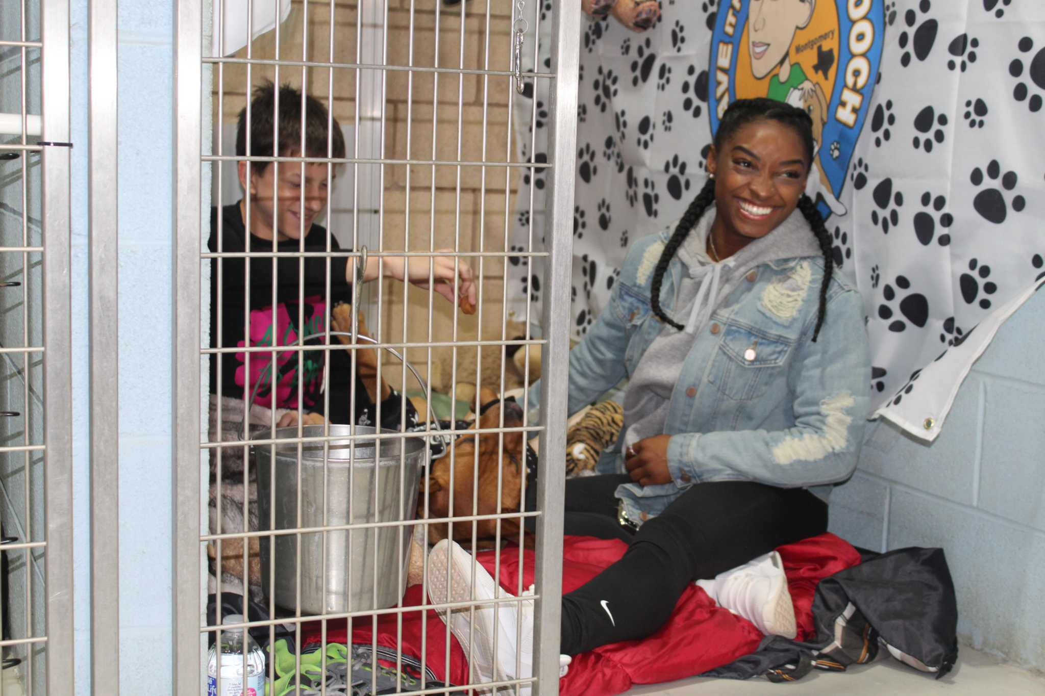 Simone Biles shows support at animal shelter fundraiser