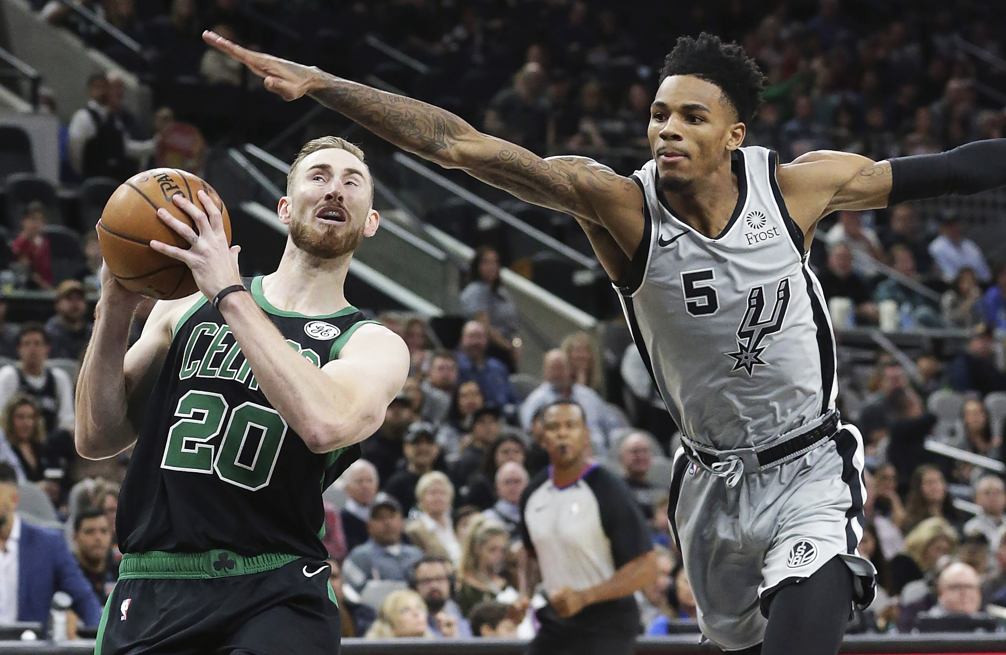 Dejounte Murray: Blame for Spurs' skid falls on players