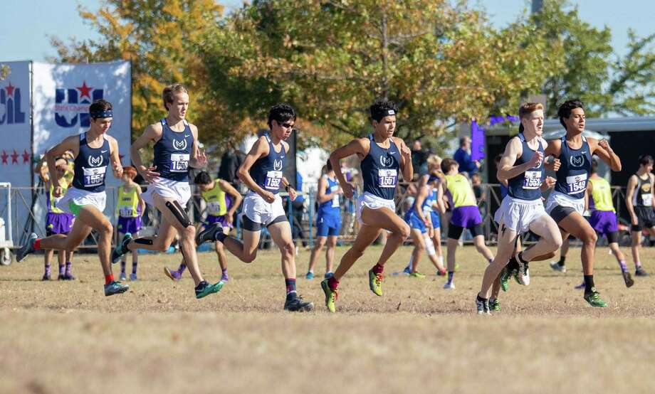 Round Rock, TX; Great Hearts Academy team begin their run for the Boys Class 2A 5K at the UIL State Cross Country meet on Saturday, Nov 9, 2019, at Old Settlers Park. [John Gutierrez / for SA Express-News] Photo: John Gutierrez, Photographer / John Gutierrez / John Gutierrez