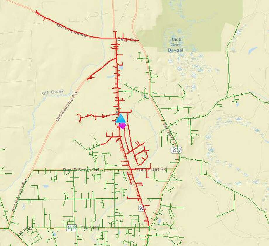 Over 400 homes were without power in Silsbee on Monday morning after a tractor trailer blazed under power lines around 6:30 a.m. at a rural intersection north of the city. Photo: Courtesy Of Entergy Texas