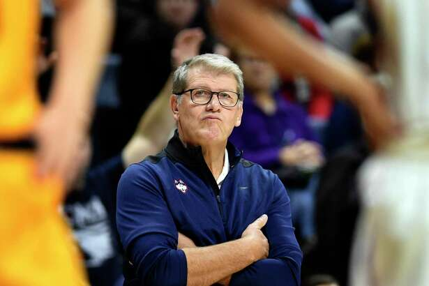 UConn coach Geno Auriemma watches his team during the second half against California Sunday in Storrs.