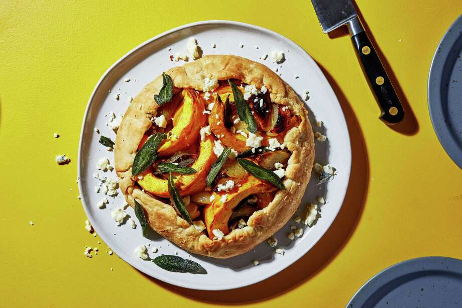 This easy pumpkin tart is spiffy enough for a vegetarian Thanksgiving main