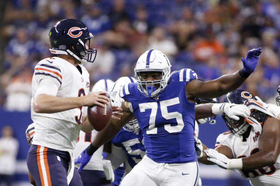 INDIANAPOLIS, INDIANA - AUGUST 24: Caraun Reid #75 of the Indianapolis Colts attempts to sack Tyler Bray #9 of the Chicago Bears at Lucas Oil Stadium on August 24, 2019 in Indianapolis, Indiana. (Photo by Justin Casterline/Getty Images) Photo: Justin Casterline/Getty Images