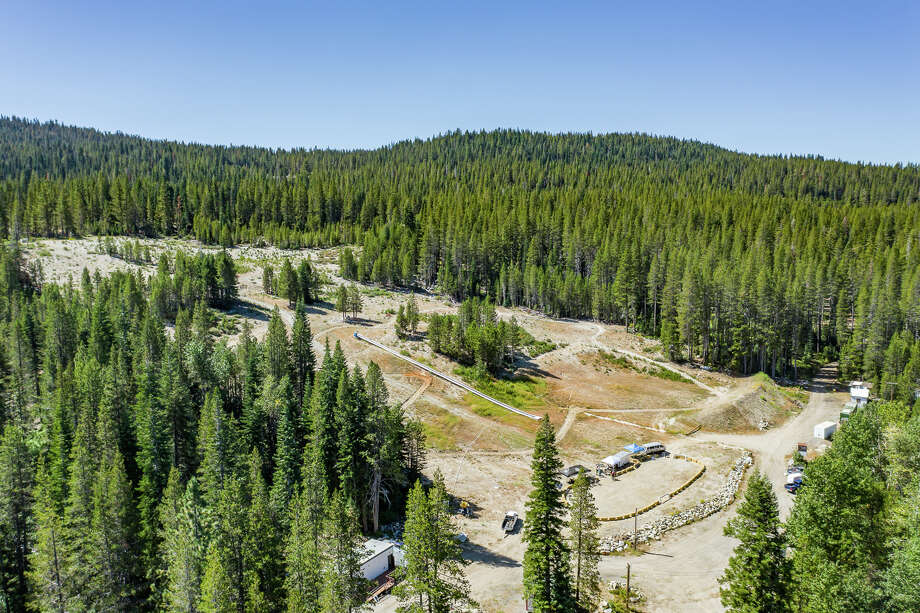 Kingvale resort is for sale for $6 million. Photo: California Outdoor Properties / Drone Cowboys