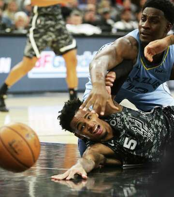 For Spurs' Dejounte Murray, point guard school continues