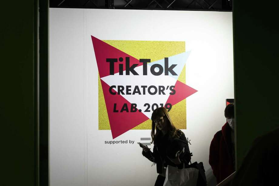 A sign at the TikTok Creator's Lab 2019 in Tokyo on Feb. 16, 2019. Photo: Bloomberg Photo By Shiho Fukada. / © 2019 Bloomberg Finance LP