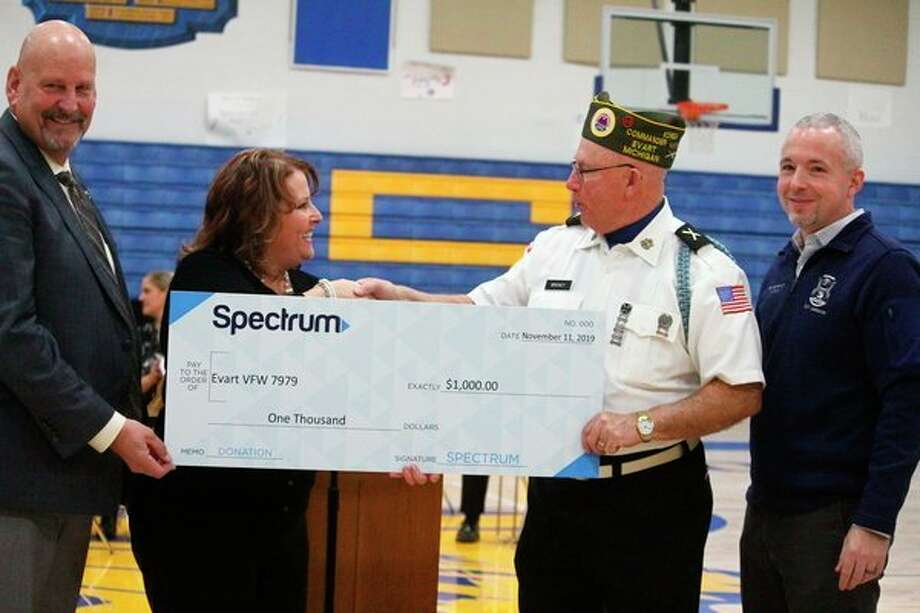 The VFW Post No. 7979 was presented with a check for $1,000. (Herald Review photo/Catherine Sweeney)