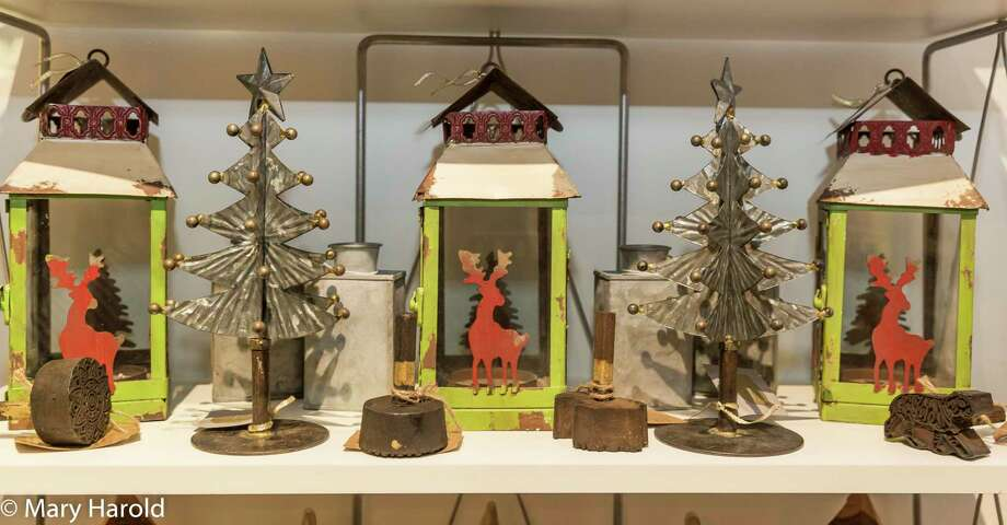 The Ridgefield Guild of Artists will hold their 15th Annual Festive Home through Dec. 22. Photo: Mary Harold / Contributed Photo / Copyright 2015  Mary Harold