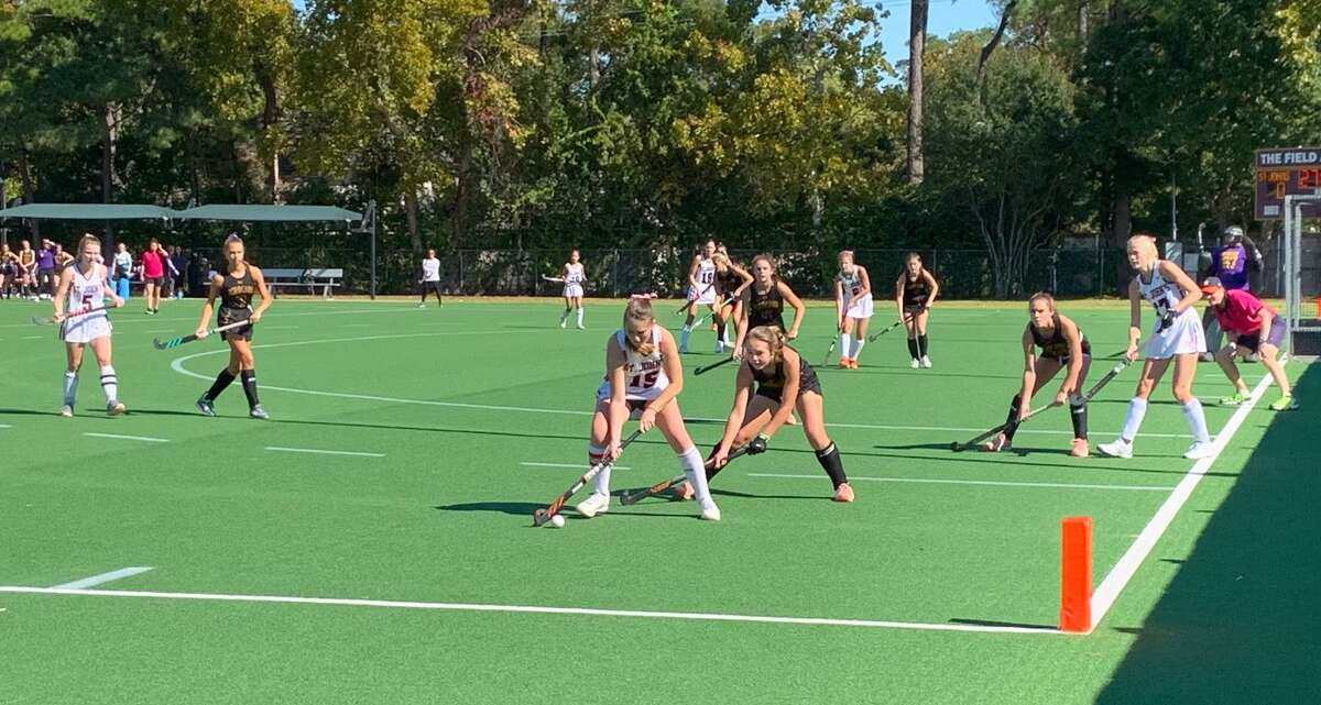 St. John's senior Sadie McCabe works against the Kinkaid defense during the SPC field hockey championship match Nov. 9 at The Kinkaid School.