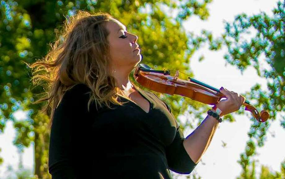 Erin Jo Paddlefoot will perform during the Old Bakery Beer Co.'s inaugural Holiday Cheers Market, from 1-6 p.m. Saturday, Nov. 23, at the brewery at 400 Landmarks Blvd., in Alton. Photo: Nathan Woodside | The Telegraph