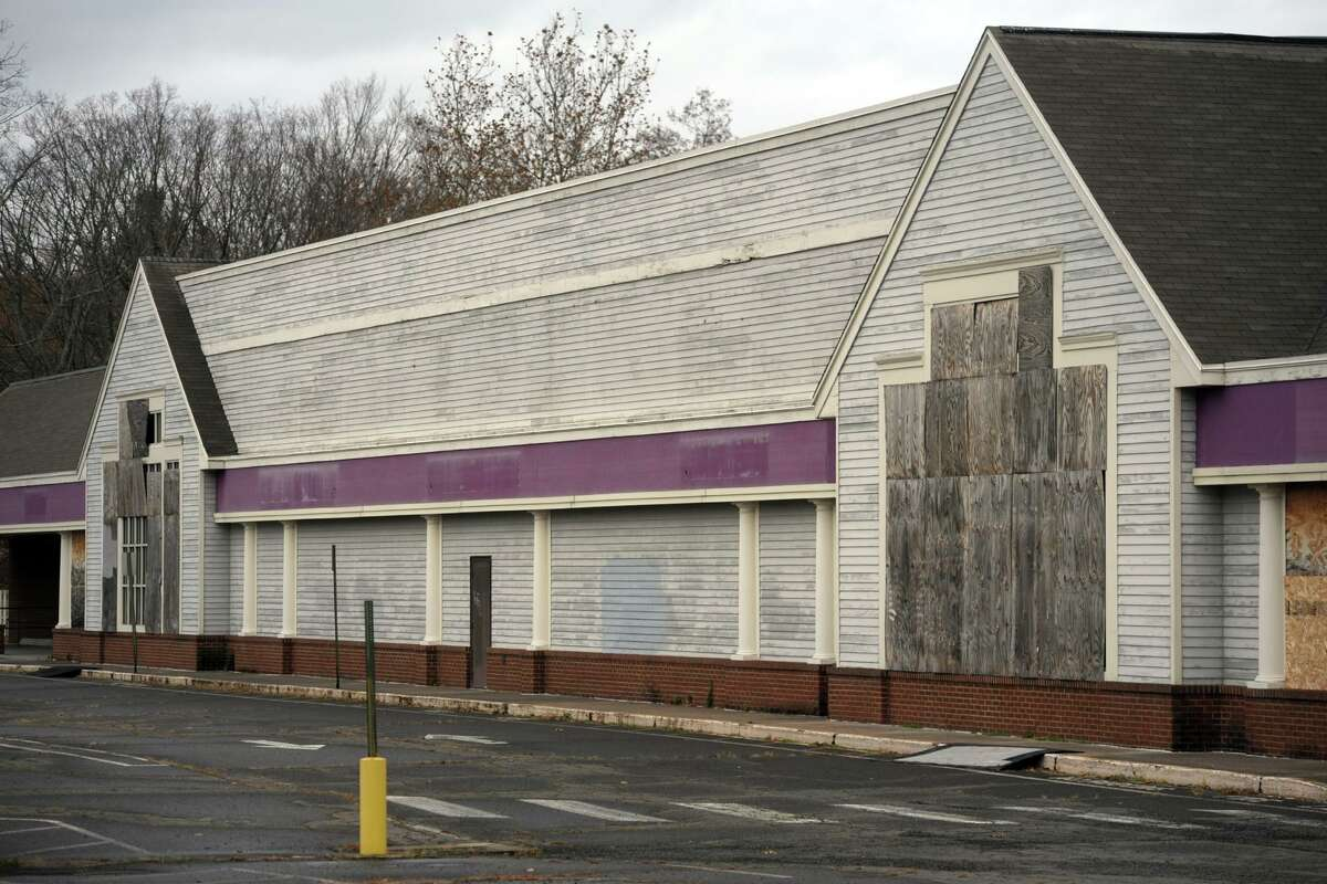 The former Stop and Shop property on Madison Ave., in Bridgeport, Conn. Nov. 12, 2019.