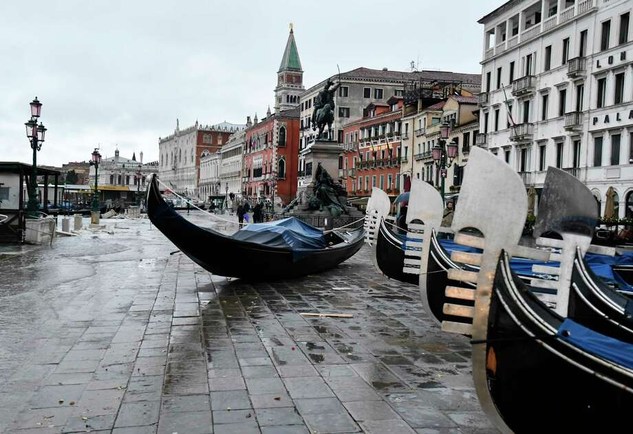 Stranded gondolas lie on the bank in Venice. Photo: Luigi Costantini, AP / Copyright 2019 The Associated Press. All rights reserved.