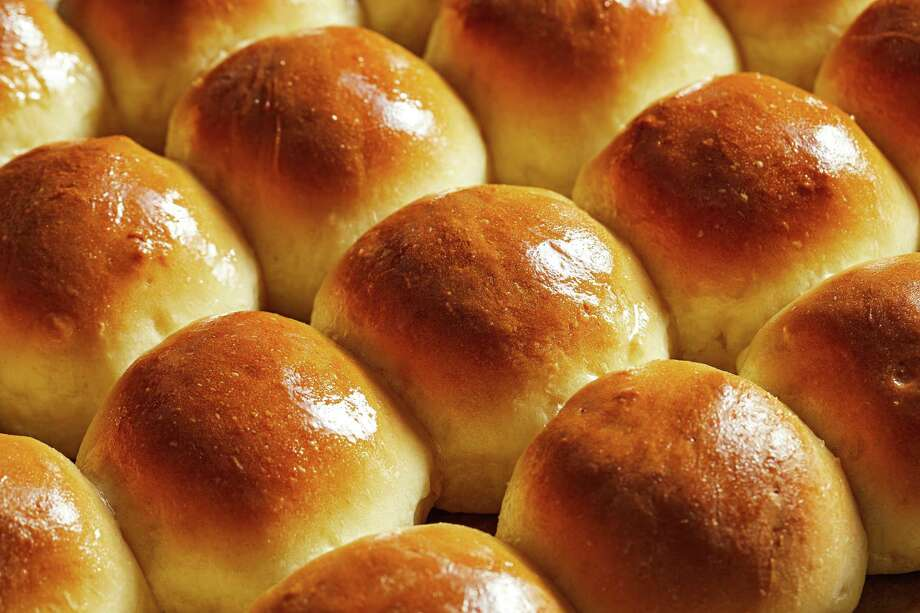 Pillowy Pull-Apart Dinner Rolls. Photo: Photo By Tom McCorkle For The Washington Post. / For The Washington Post