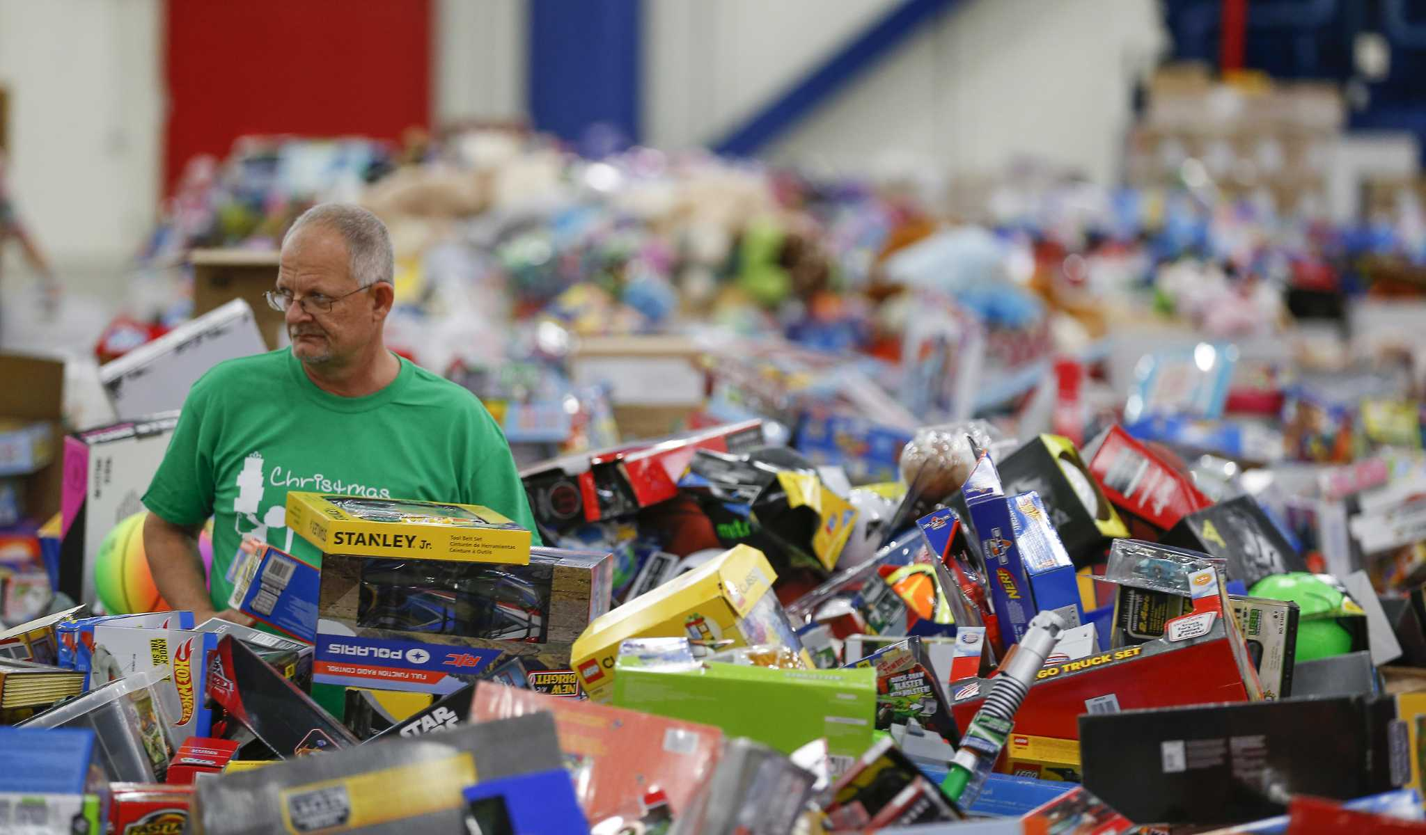 Toys for Tots supports local families in need during the holidays