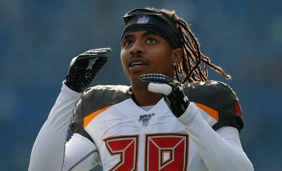 PHOTOS: Texans vs. Jaguars in London SEATTLE, WA - NOVEMBER 03: Cornerback Vernon Hargreaves #28 of the Tampa Bay Buccaneers looks on prior to the game against the Seattle Seahawks at CenturyLink Field on November 3, 2019 in Seattle, Washington. (Photo by Otto Greule Jr/Getty Images) >>>See more photos from the Texans' win in London ...