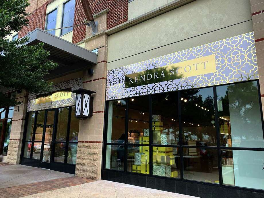 The Kendra Scott pop-up shop in LaCenterra remains open despite a planned March closure. Photo: Courtesy Photo