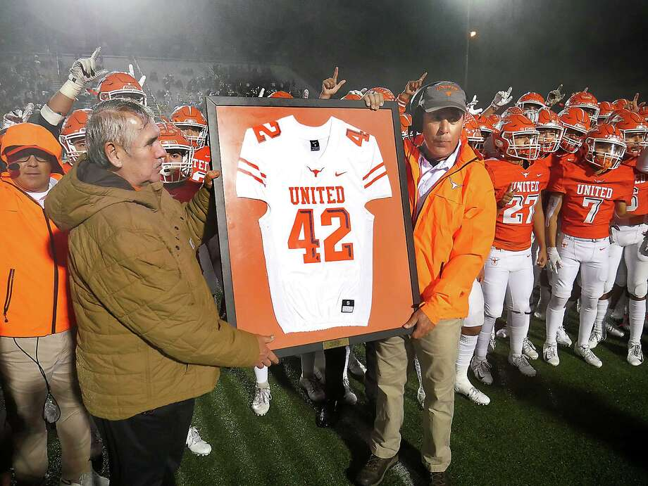 United retired Jalen Garcia's No. 42 jersey at halftime of the rivalry against Alexander. Photo: Cuate Santos /Laredo Morning Times / Laredo Morning Times