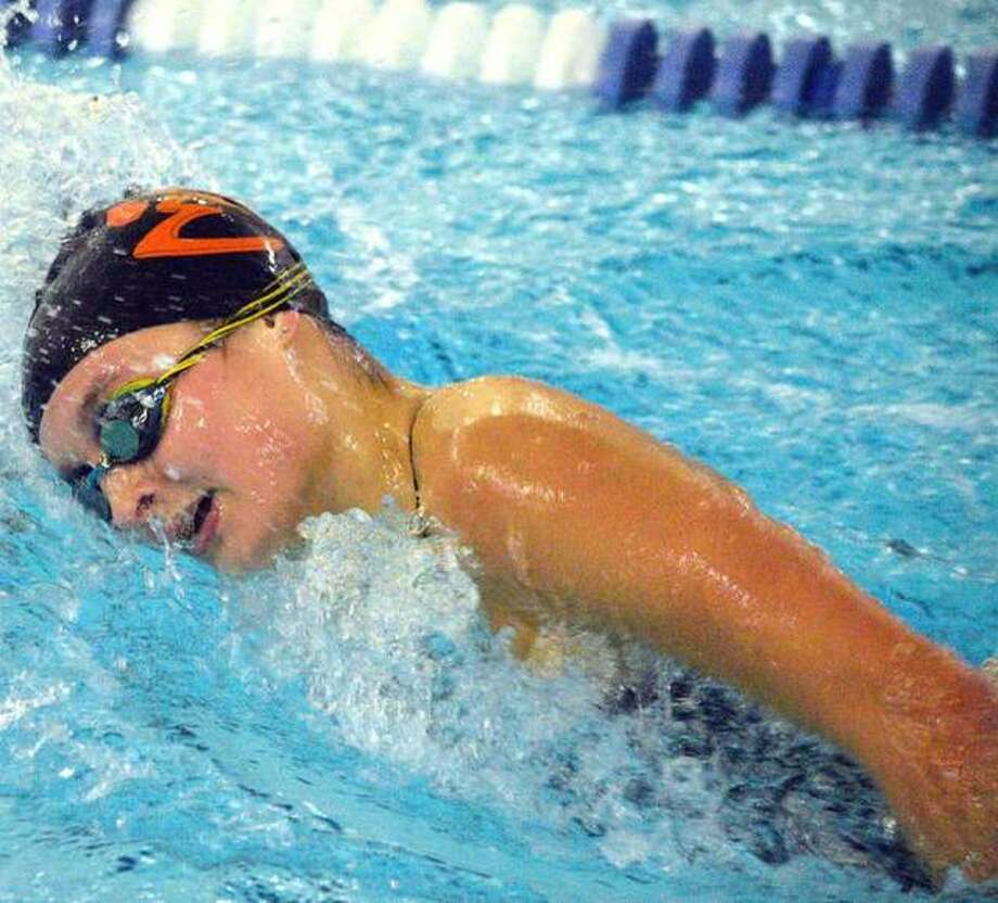 Edwardsville's Isabella Grinter swims the 500-yard during the Southern Illinois Girls High School Championships on Nov. 7 at Chuck Fruit Aquatic. Grinter will compete in the same event on Saturday in the Springfield High School at Eisenhower Pool. Photo: Scott Marion/The Intelligencer