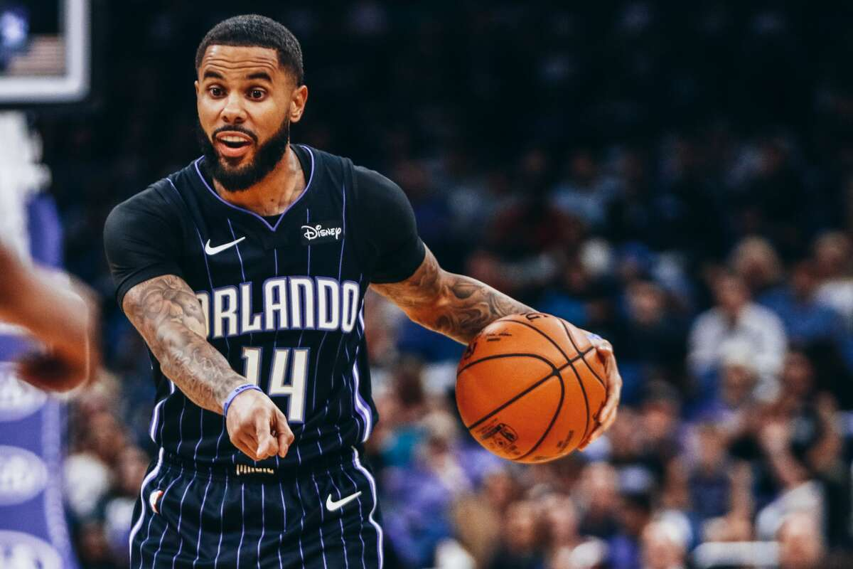 FORMER HOUSTON HIGH SCHOOL PLAYERS CURRENTLY IN THE NBA D.J. Augustin, guard, Magic Hightower High School