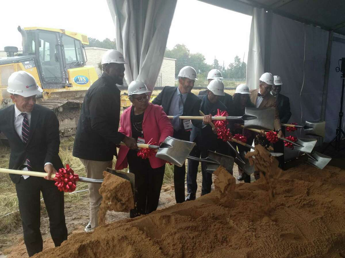 City and state officials and Amtex representatives break ground for the Green Oaks Apartments development. The affordable housing development is expected to be completed in 2021.