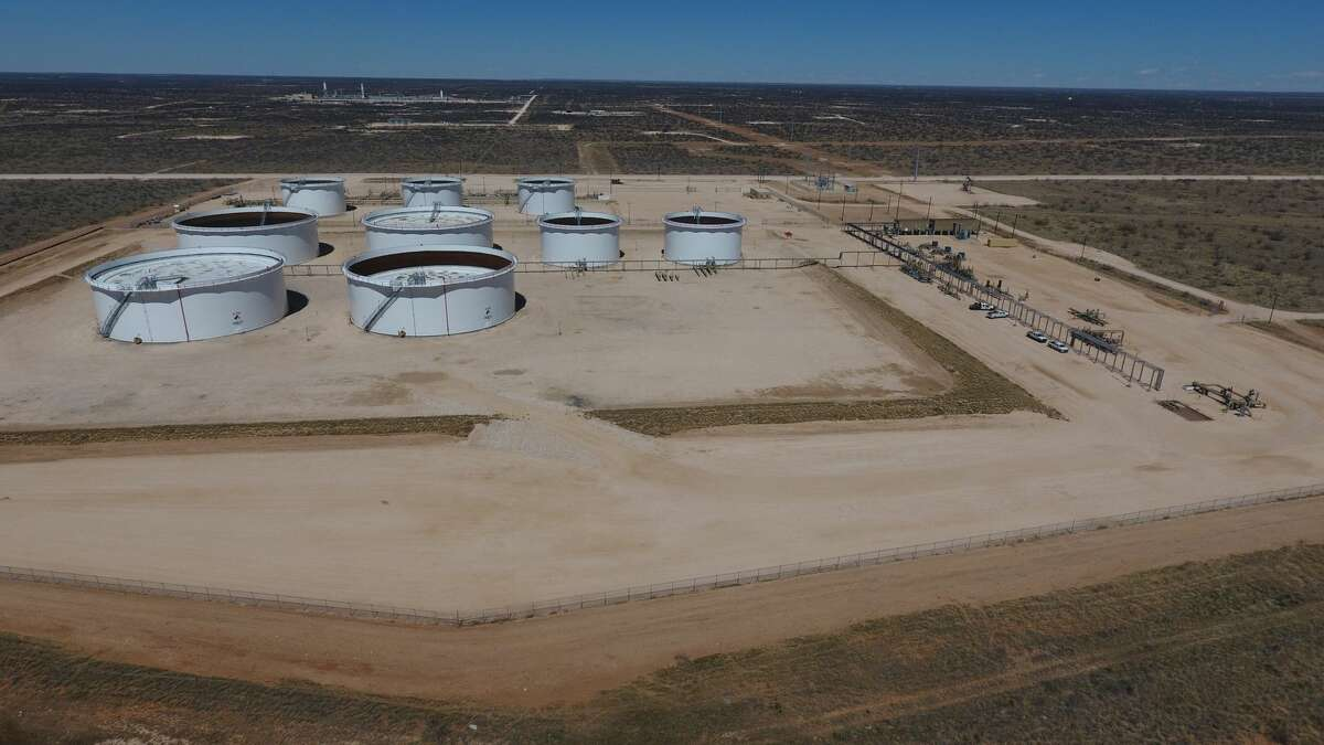Midland pipeline operator Oryx Midstream bought Targa's Permian Basin crude oil gathering pipelines and storage terminals in a $135 million deal in November 2019. Now the company is combining its assets with most of the Permian Basin assets of Plains All-American in a new joint venture.