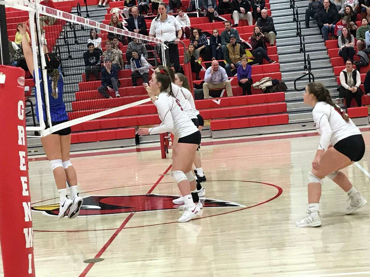 Greenwich volleyball posted a 3-0 win over Darien in the Round of 16 of the Class LL tournament on Thursday in Greenwich.