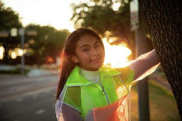 Premiere 12 Year Old Tejano Singer Mia Puts Her Spin On Selena S Bidi Bidi Bom Bom Houstonchronicle Com