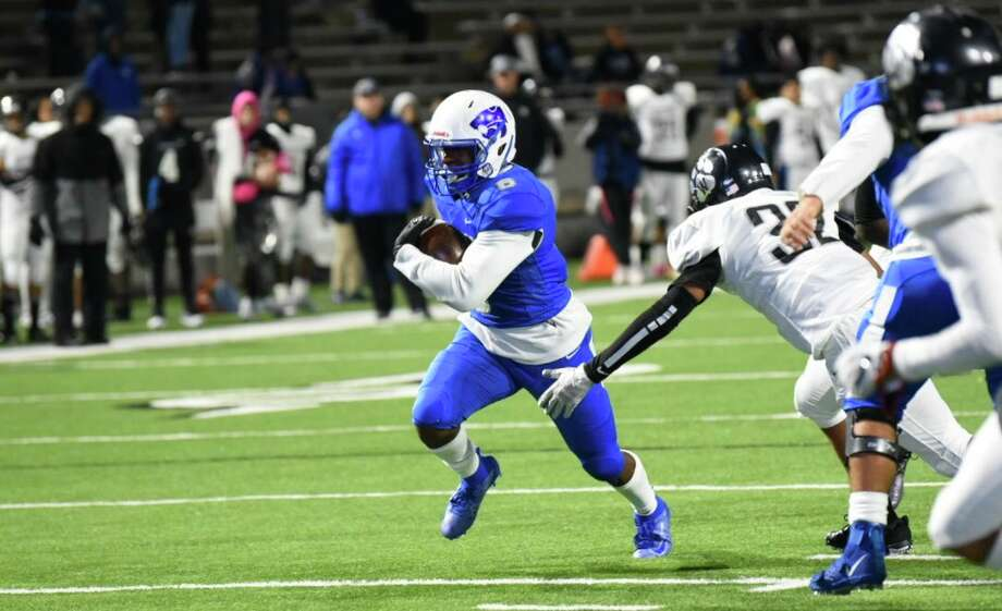 Cy Creek defeated Westside 34-21 in the Class 6A Division II Region 3 Bi-District round, Nov. 14, at Pridgeon Stadium. Photo: CFISD