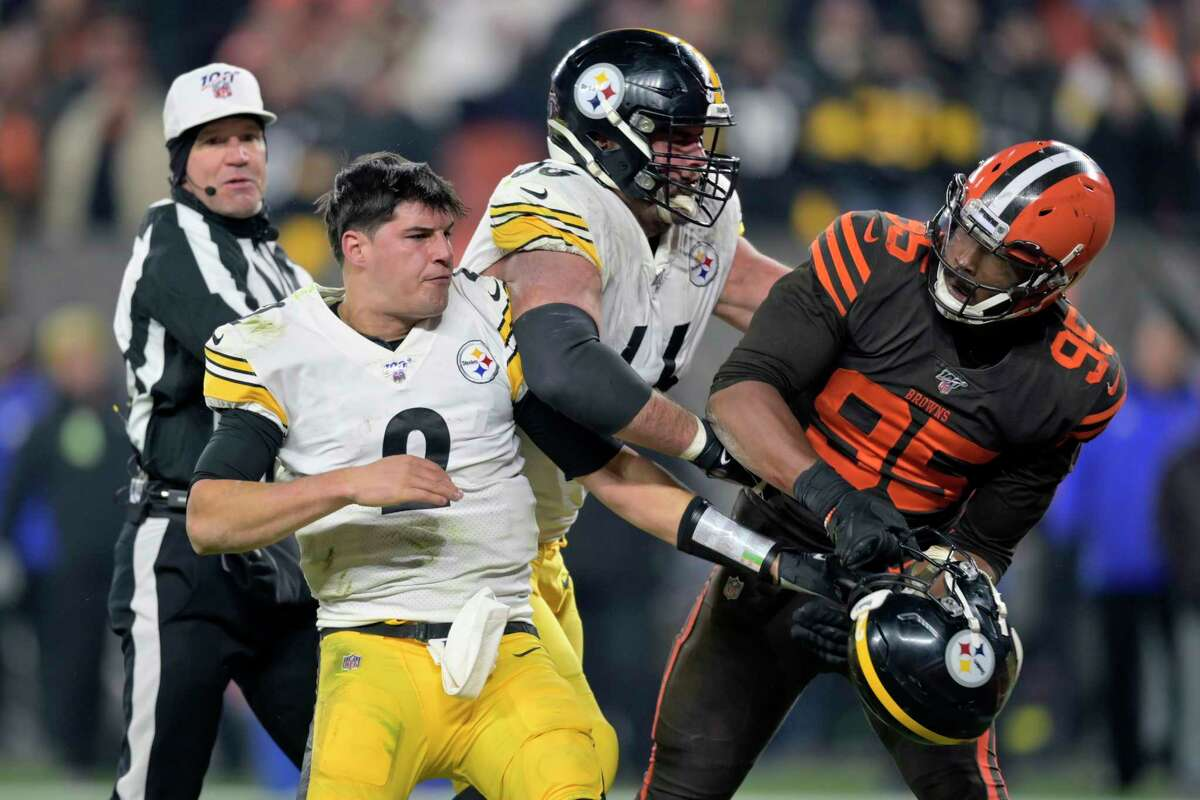 Steelers Qb Mason Rudolph Fined 50 000 For Brawl With Browns