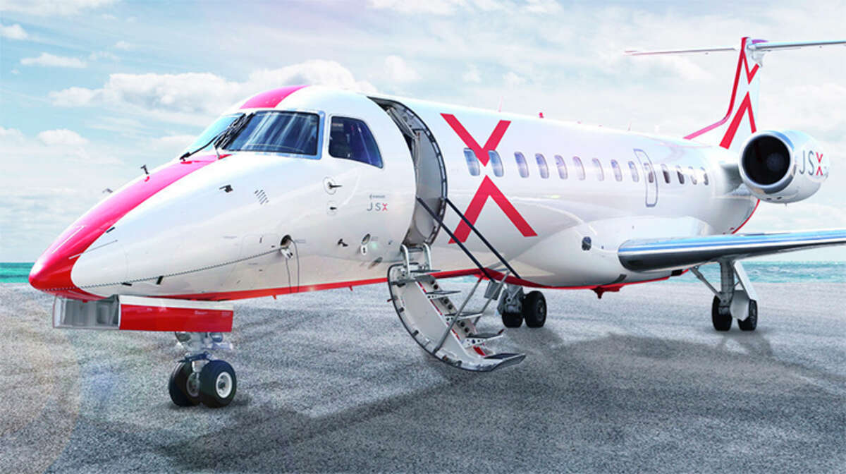 JSX, formerly JetSuiteX, launched new service from Oakland to Phoenix.