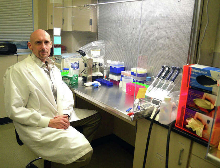 Dr. Ken Witt, a professor of pharmaceutical sciences at the SIUE School of Pharmacy, is leading a team of researchers that is developing a drug treatment for Alzheimer's disease. Photo: Scott Marion | The Intelligencer